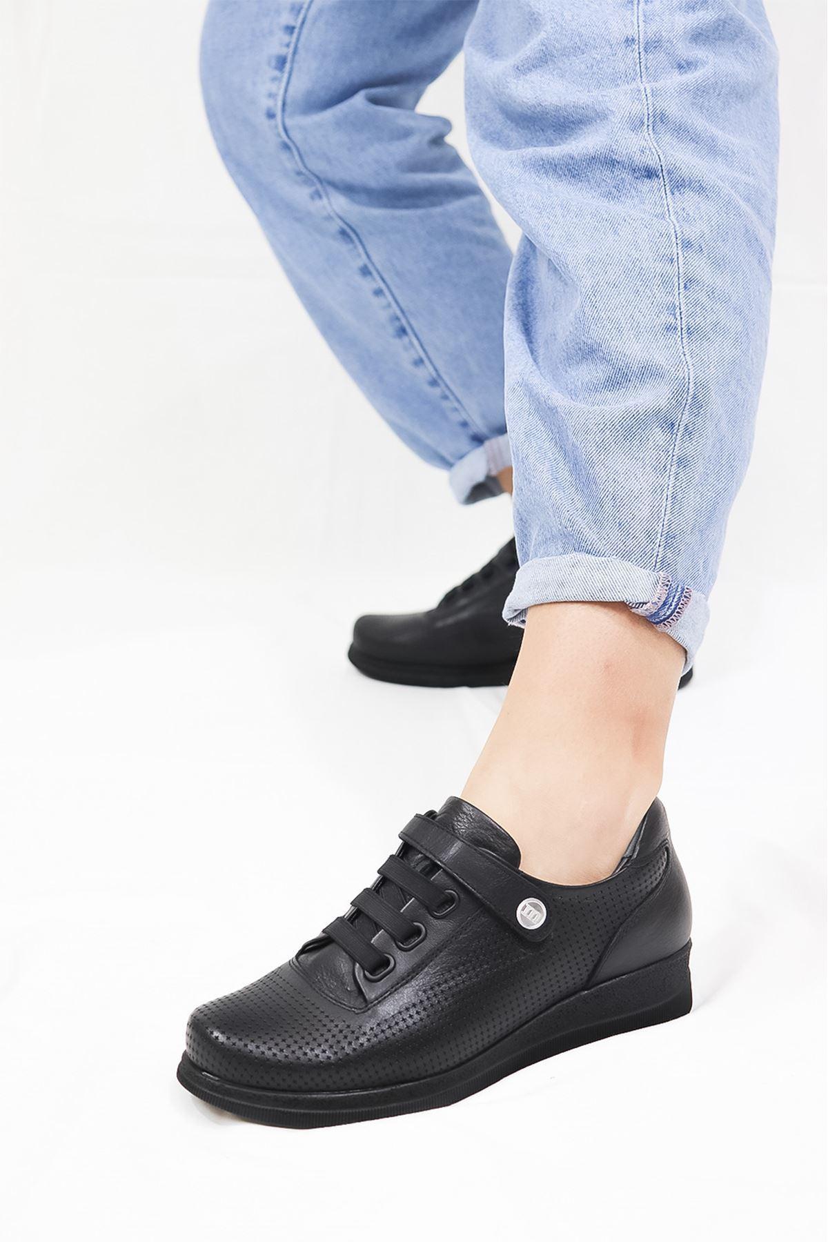 Mammamia - D21YA - 3075-B Siyah Kadın Ayakkabısı