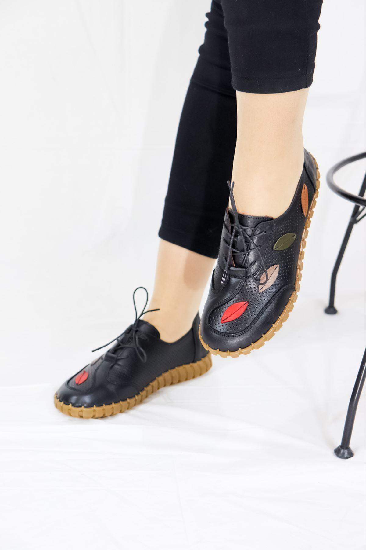 Venüs - 2110709Y Siyah Bağcıklı Kadın Ayakkabısı