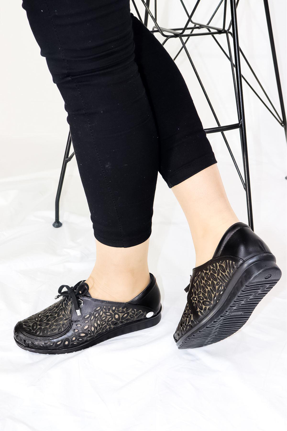 Mammamia - D21YA - 435 Siyah Bağcık Detaylı Kadın Ayakkabısı