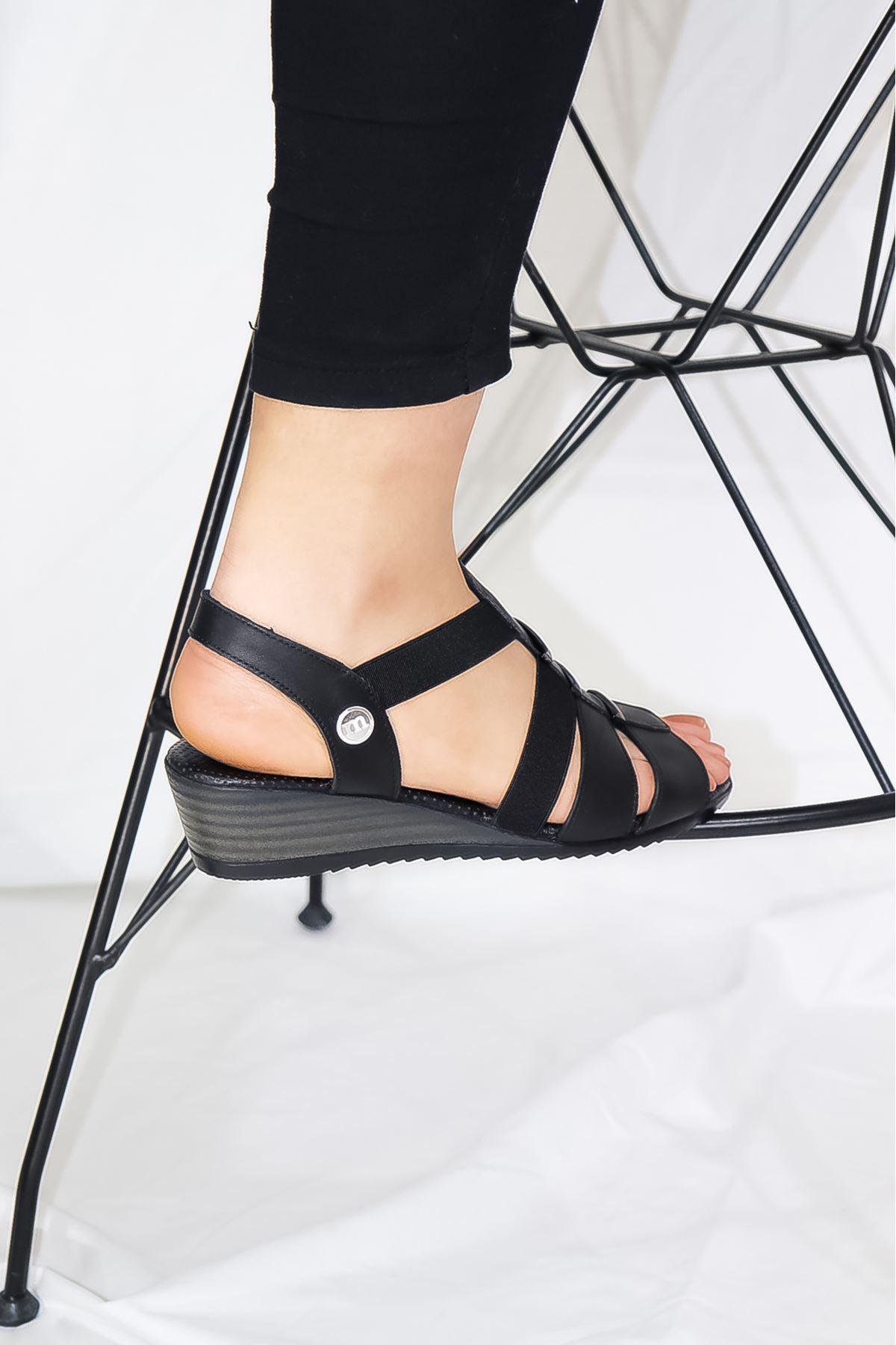 Mammamia - D21YS - 1045-B Siyah Ortopedik Kadın Sandaleti