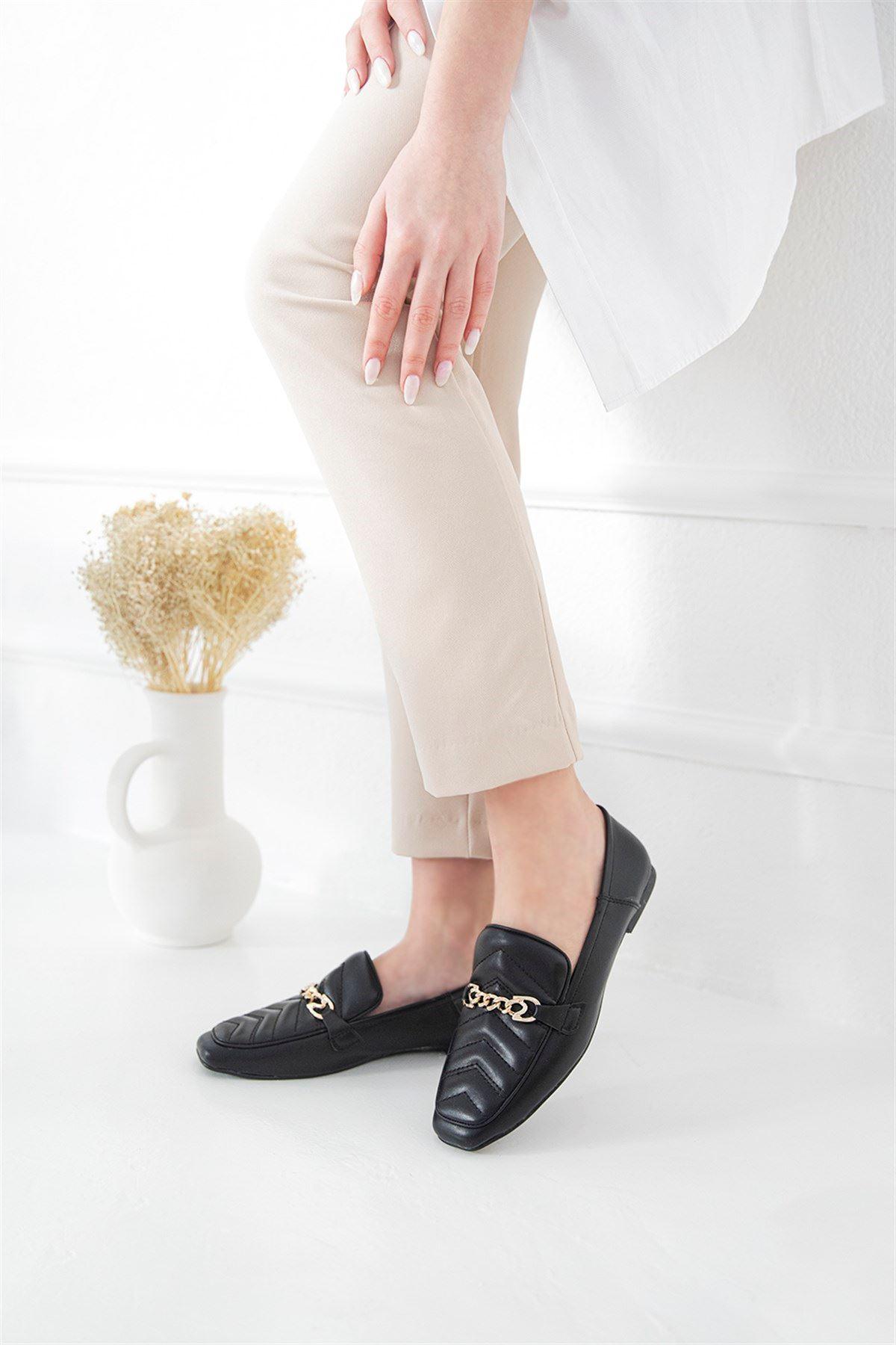 Trendayakkabı - Kadın Kapitone Detay Deri Babet Siyah