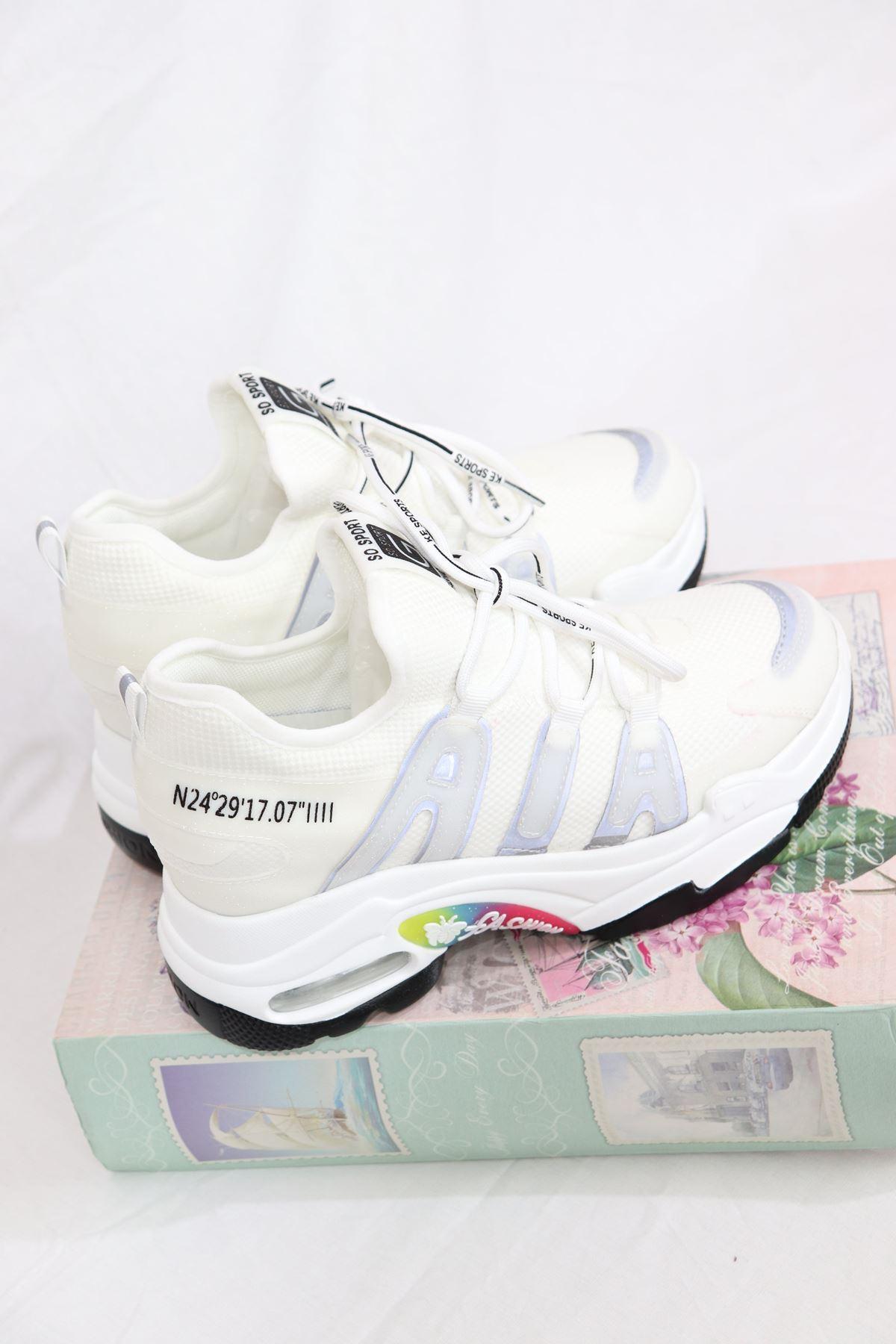 Guja - 21Y300-12 Beyaz Air Taban Fosfor Detaylı Kadın Sneakers