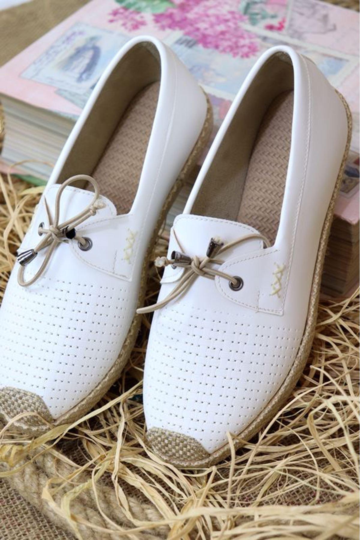 Trendayakkabı - Beyaz Hasır Taban kadın ayakkabısı