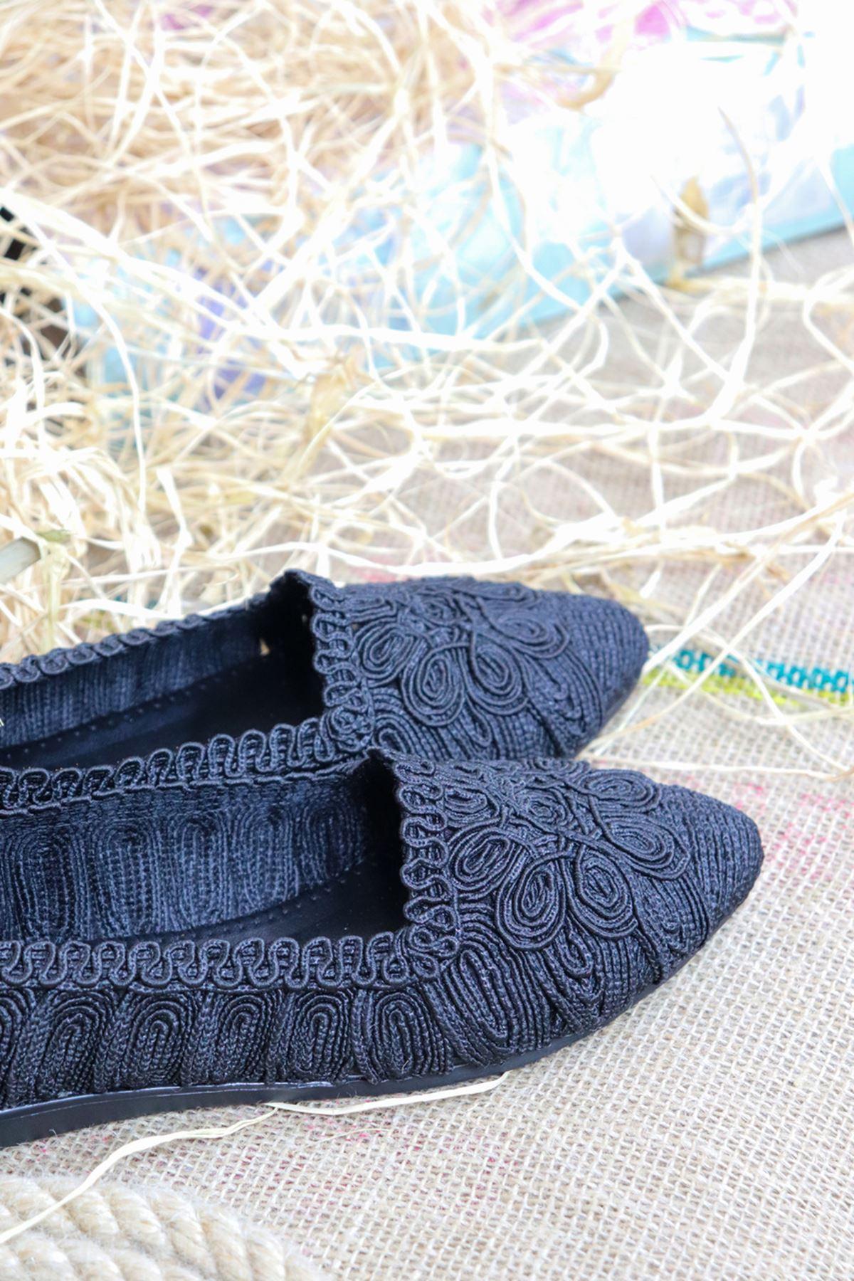 Trendayakkabı - Örgü Detaylı Kadın Siyah Babet