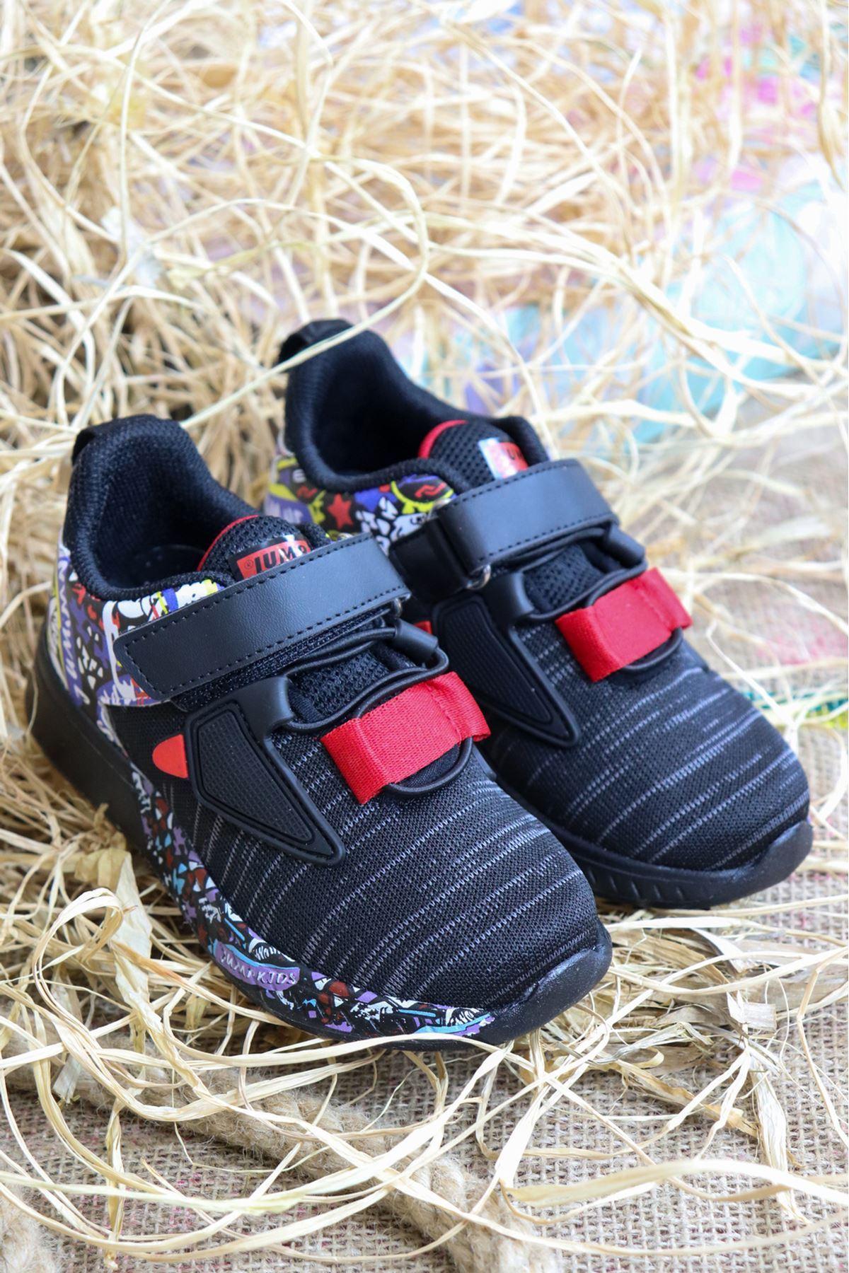 Jump - 26092 Siyah Kırmızı Desenli Çocuk Spor Ayakkabısı