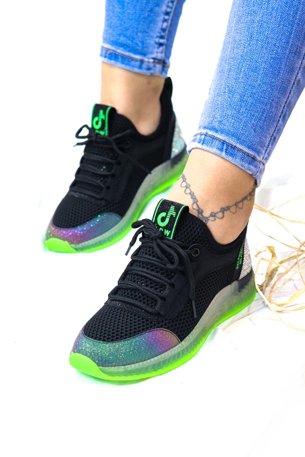Guja - 21Y313-1 Siyah Yeşil Detaylı Kadın Spor Ayakkabısı