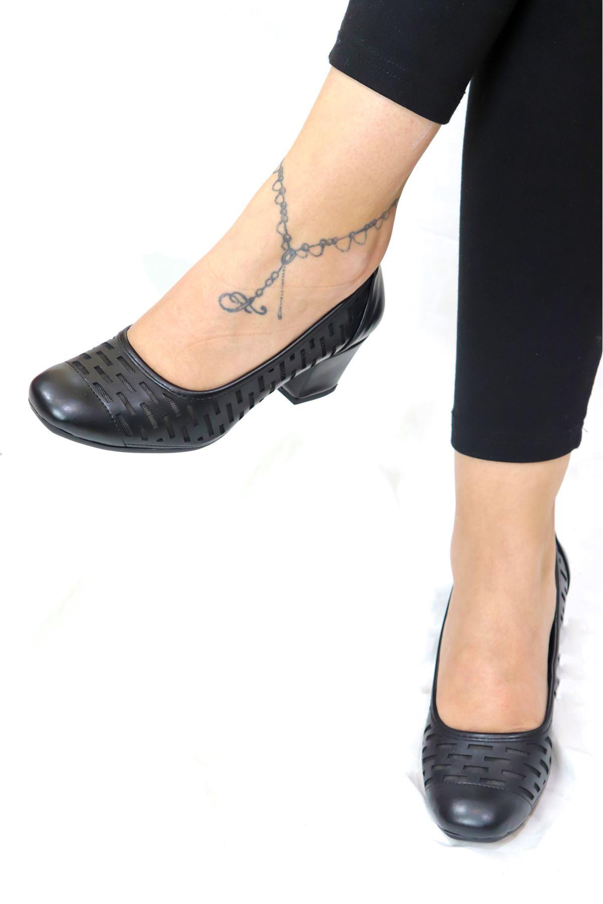 Trendayakkabı - Siyah Kadın Topuklu Ayakkabı