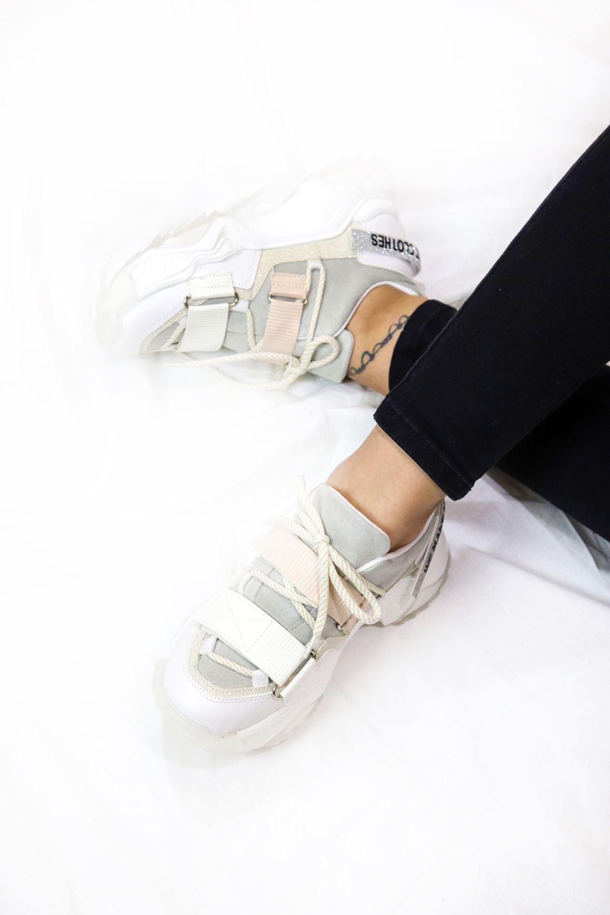 Trendayakkabı - Beyaz Kadın Spor Ayakkabı