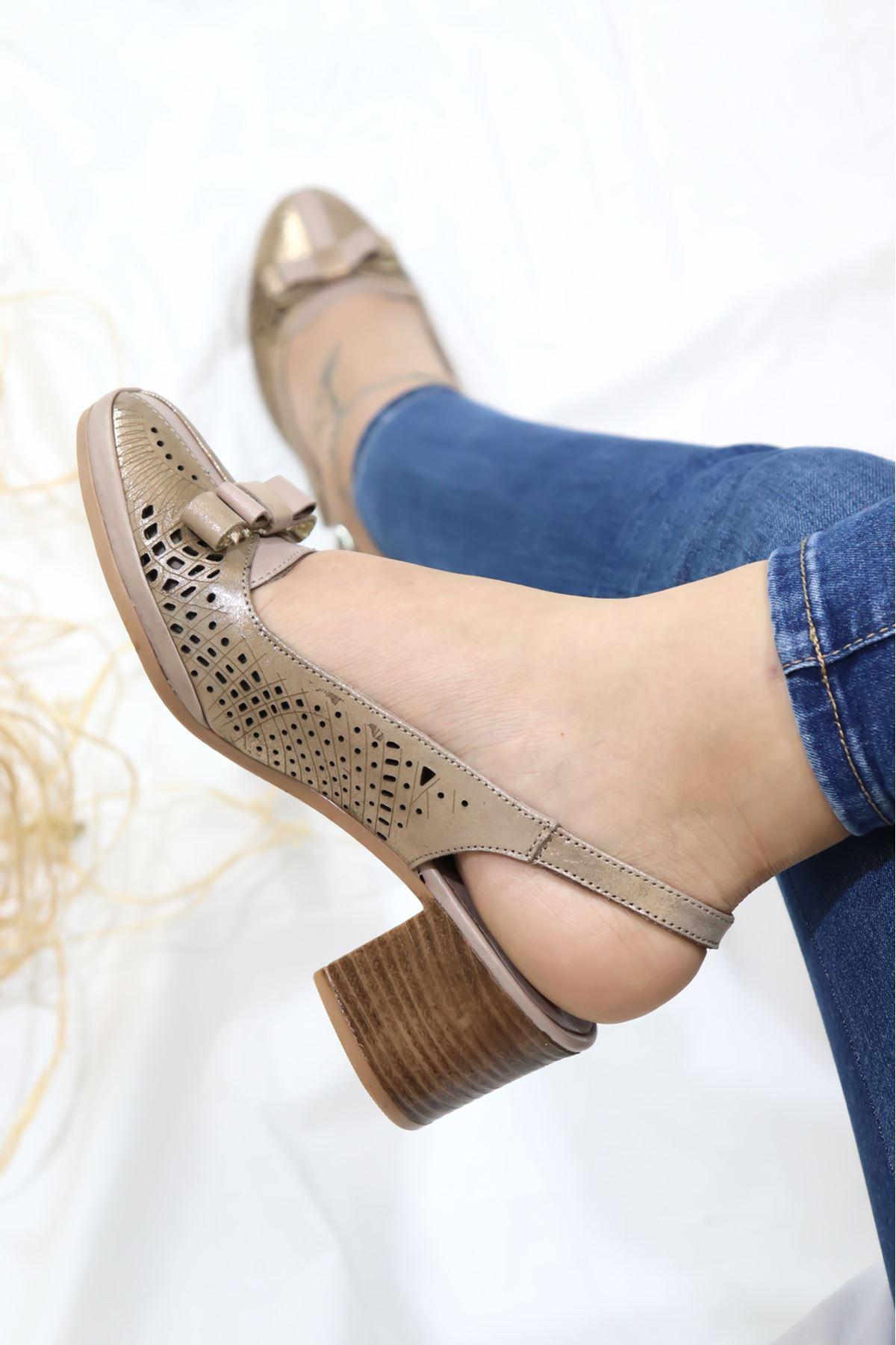 Venüs - 3994029 Vizon Arkadan Bantlı Kadın Ayakkabı
