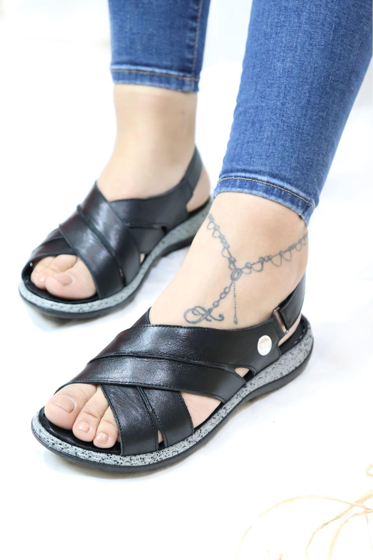Mammamia - D21YS 1370 Siyah Sandalet